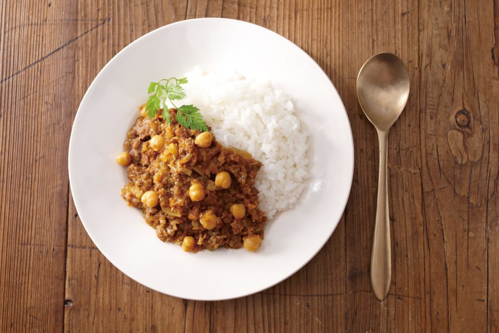 Keema curry with chickpeas recipe