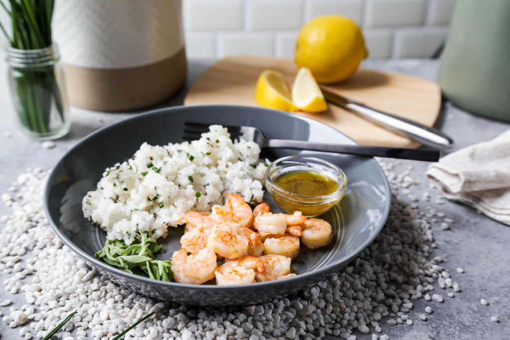 Garlic shrimp with rice and herbs