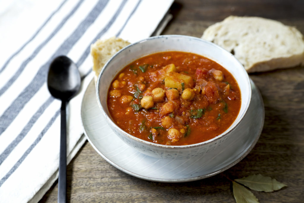 Smoky potato and chickpea stew (vegan)