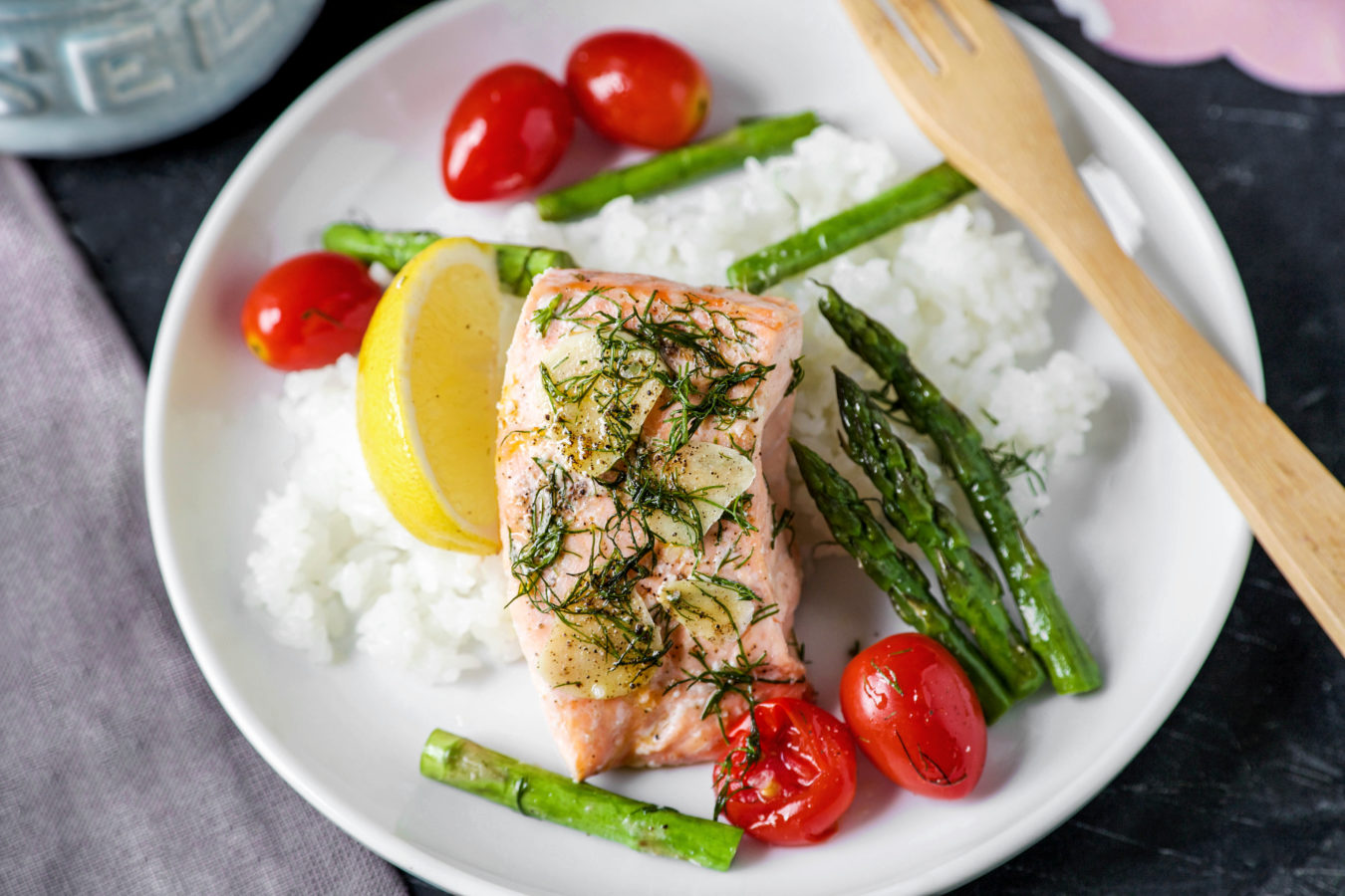 Steamed Garlic Salmon with Dill and Garden Vegetables