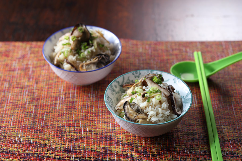Taiwanese rice bowl with oysters
