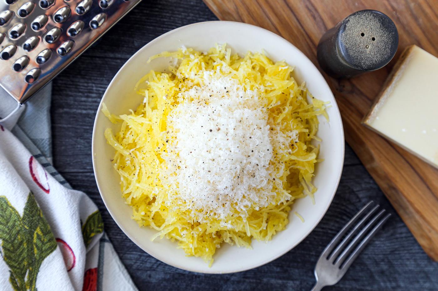 Rice Cooker Cheesy Spaghetti Squash